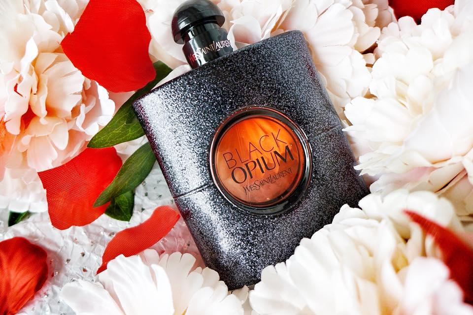 black-opium-parfum-femme